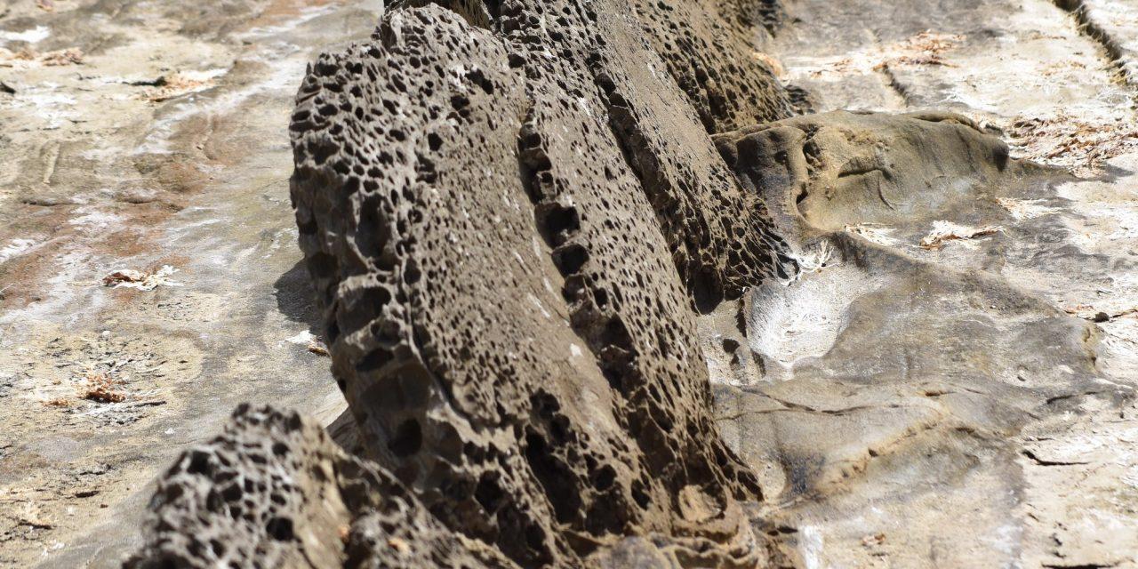 Las piedras parlantes. El Flysch del Estrecho.
