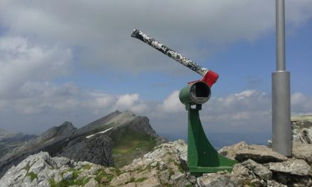 Ascensión a Aitzgorri (la peña roja): un viaje por la historia y las leyendas.