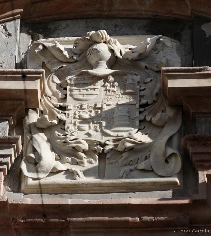 Escudo de armas de la Casa del Almirante-Euskádiz