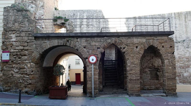 Arco de los Blanco-Euskádiz