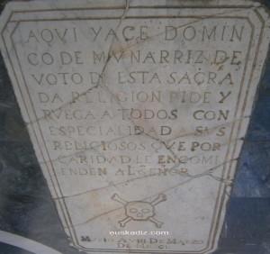 Lápida de Munárriz en el Convento