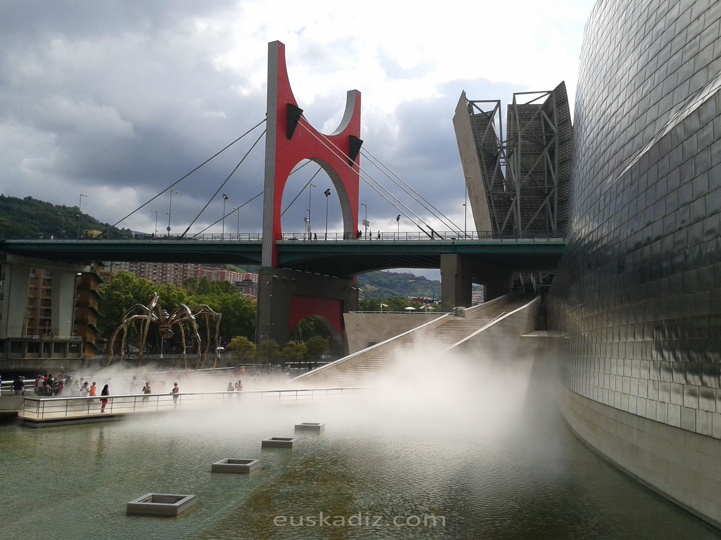 Escultura de niebla. Bilbao